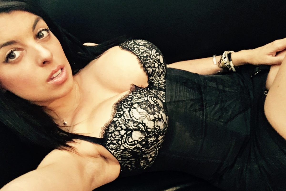 Christina-Sexy-Brothel-pHd