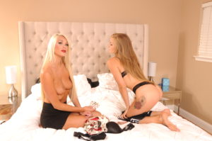 Strip-Poker-Bunny-Ranch-13