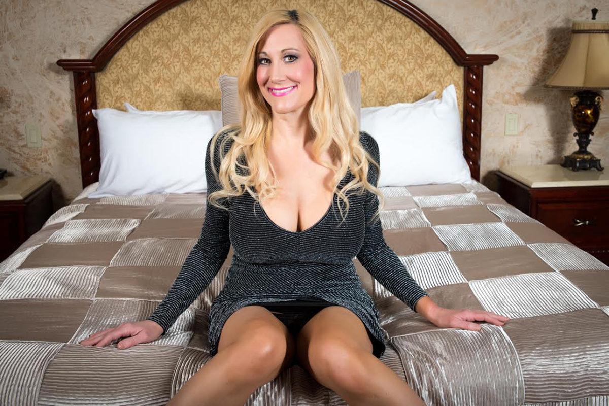 I'm the Hottest Sex Teacher You Will Ever Meet!